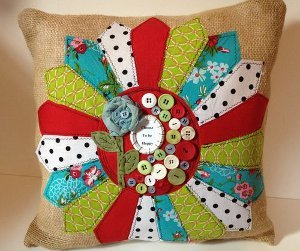 How to make a home made cute crafty pillow